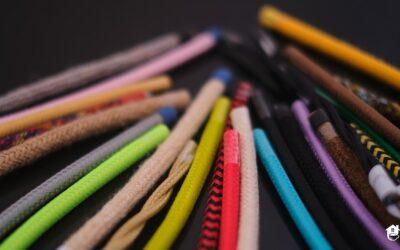 Kolorowe kable – designerska i bezpieczna dekoracja wnętrz