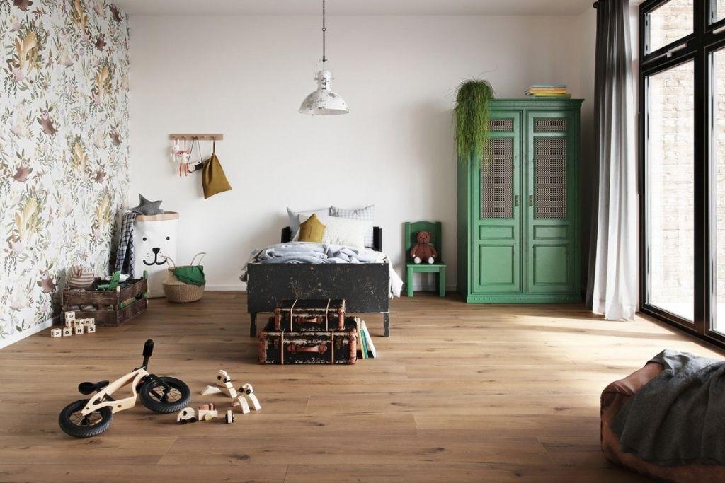 panele podłogowe wineo 1200 w sypialni