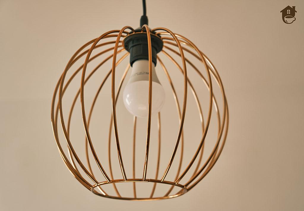 Miedziana lampa, która odmieni wystrój wnętrz