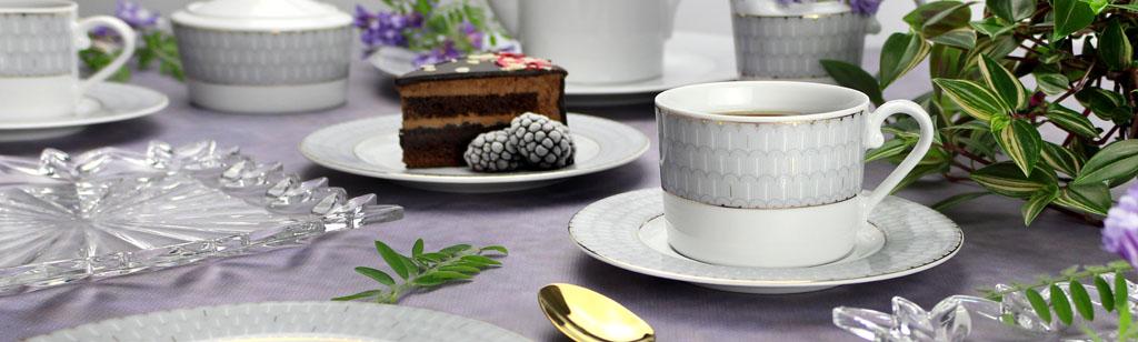 porcelanowy komplet kawowy