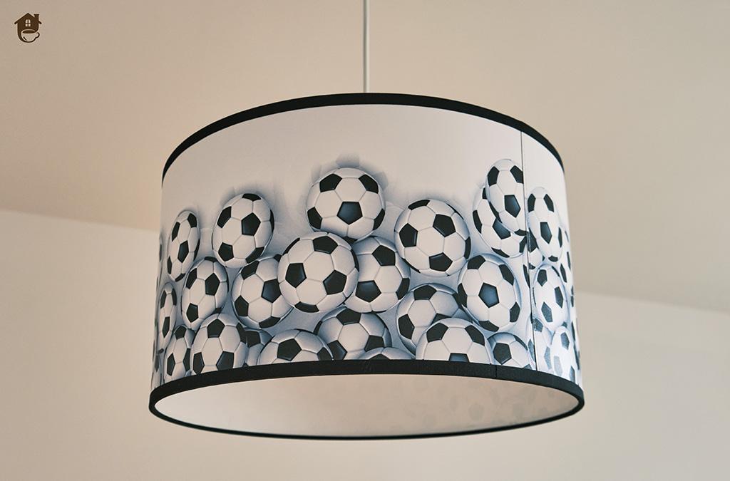 Lampka dla dziecka w piłki – oryginalne oświetlenie dla młodych fanów sportu